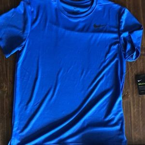 Men's Nike Dri Fit shirt